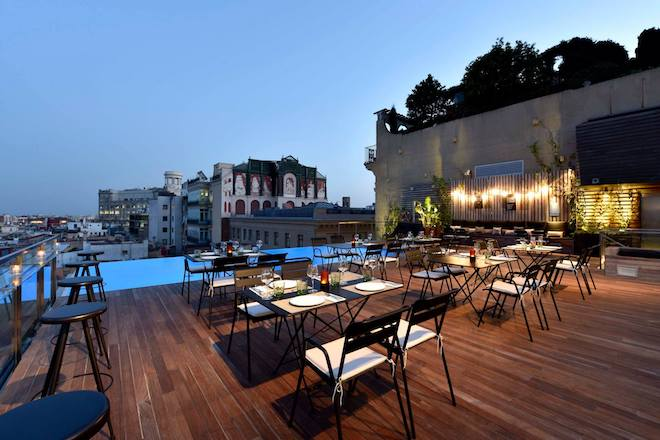 rooftop bar barcelona skybar