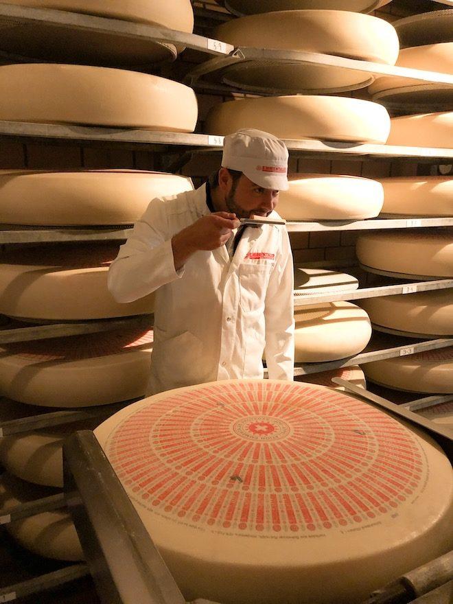 controles calidad queso emmentaler