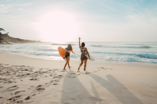 como pasar el tiempo en la playa