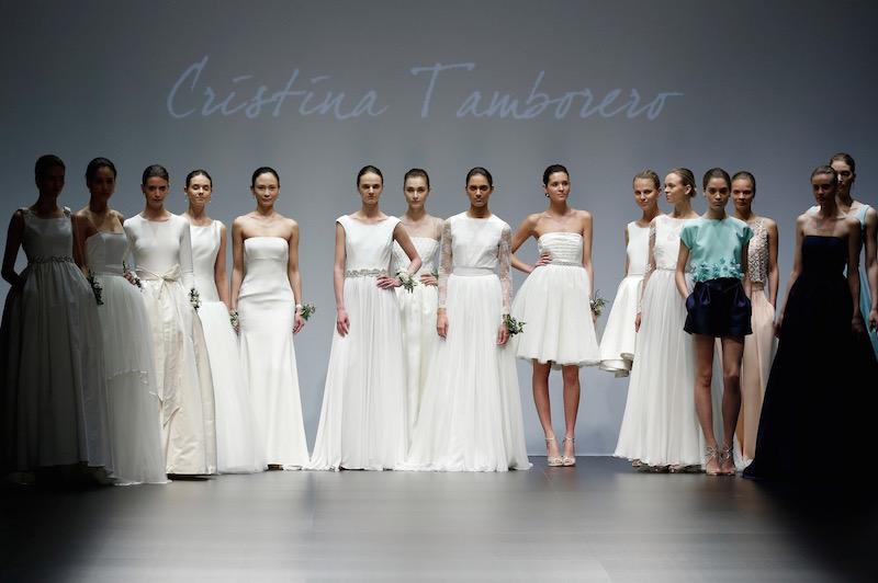 © Barcelona Bridal Week. Imagen de las propuestas del último desfile de la diseñadora.