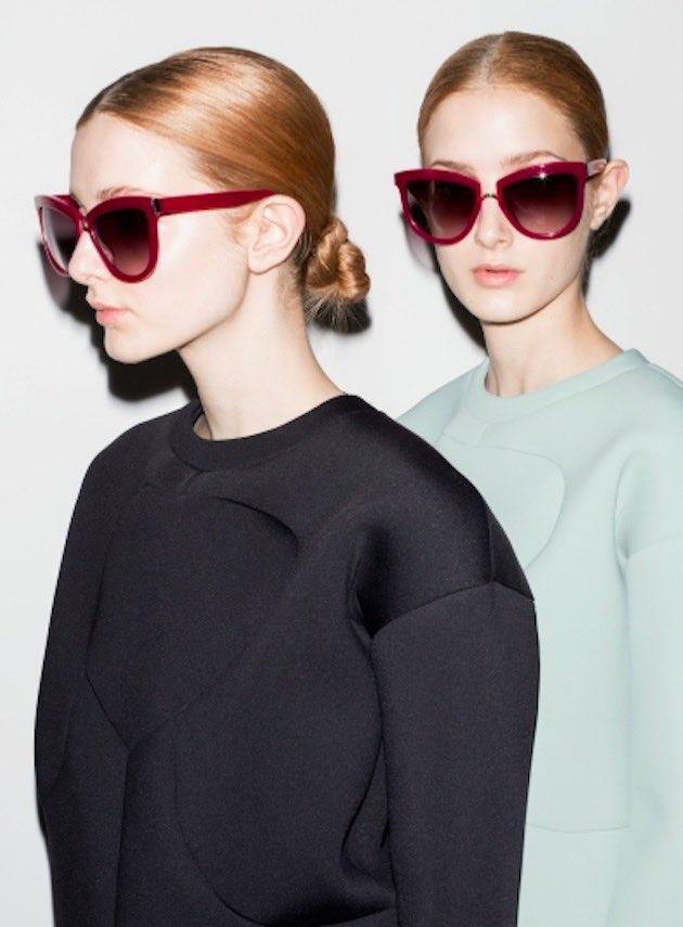 © Cortesía Francina Models. Anna Castro posa junto a su hermana gemela.