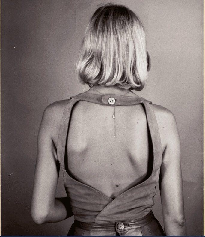 © Loewe. Catálogo interno de Loewe, Colección Primavera Verano, 1983.
