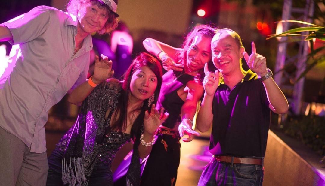 Single Fridays - Events for Singles. singlefridays.net