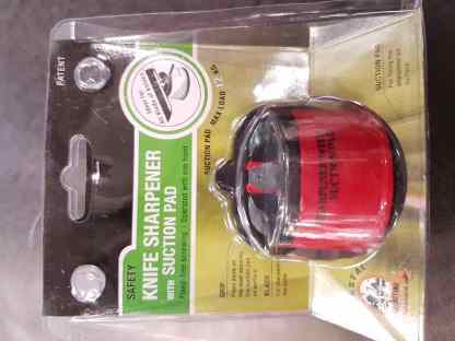 Knife Sharpener with suction pad front packaging