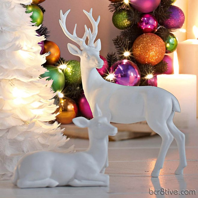 White Reindeer and White Feather Christmas Tree from Impressionen