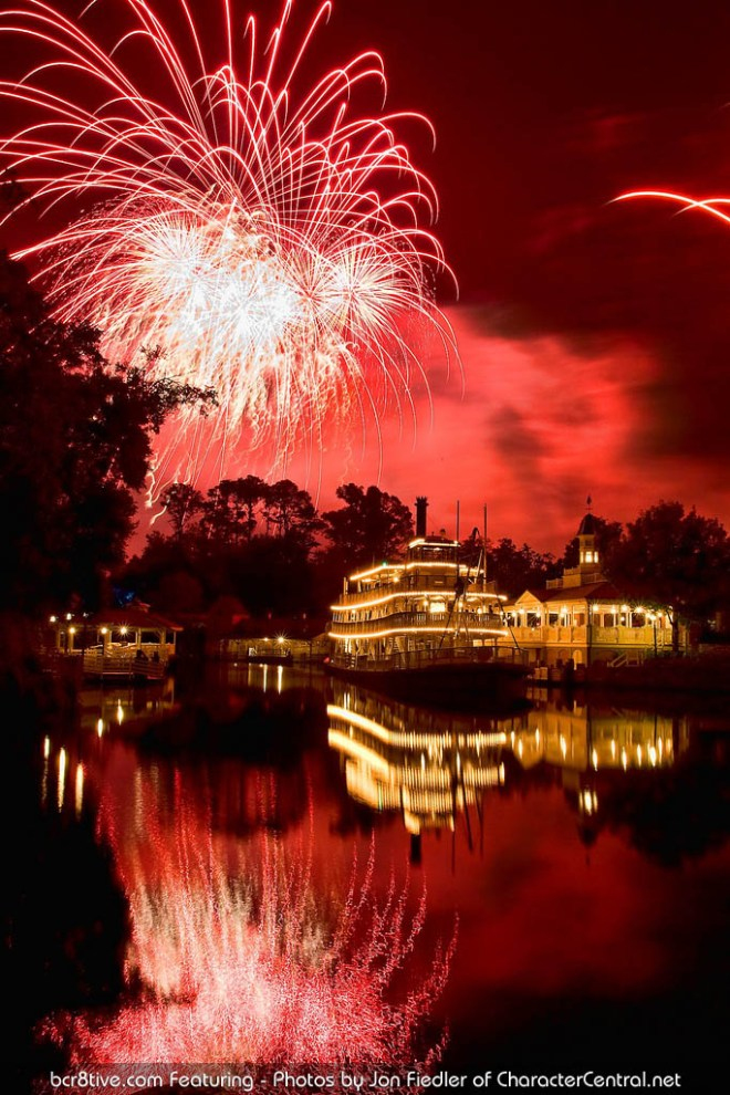 Walt Disney World - Liberty Belle Riverboat & Fireworks in Magic Kingdom - Photo by Jon Fiedler