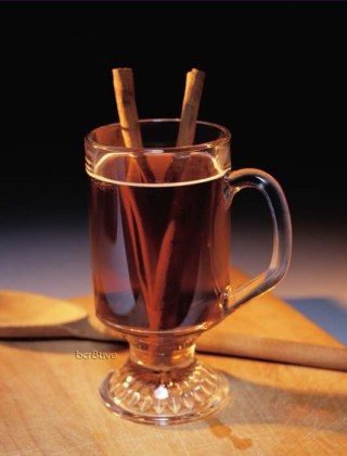 Mulled Wine-Spiked Cider
