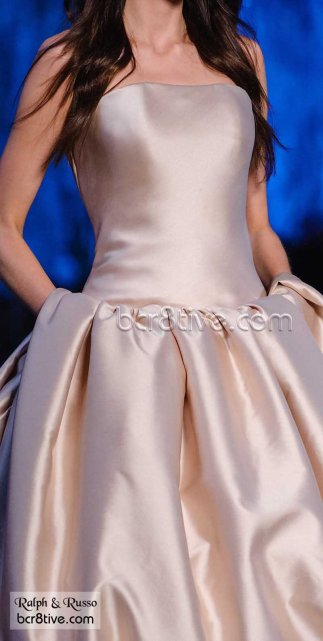 Ralph & Russo Haute Couture Fall Winter 2015-16