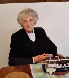 Evelyn Logan, 89 y/o