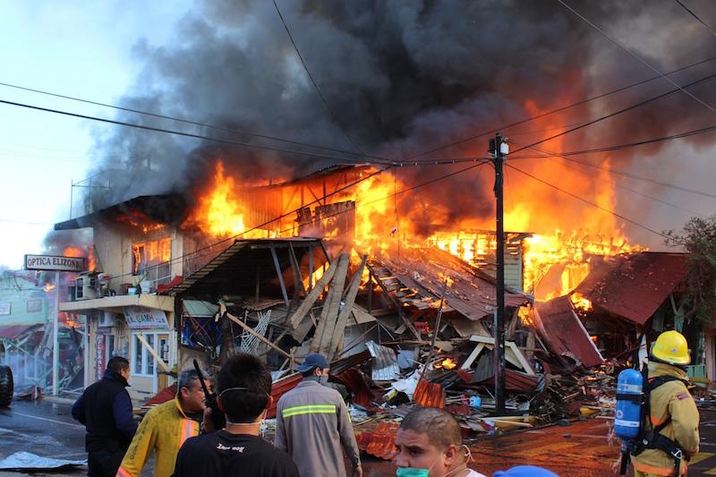 El Incendio De Santa Rosalía Que Consumió Una Cuadra