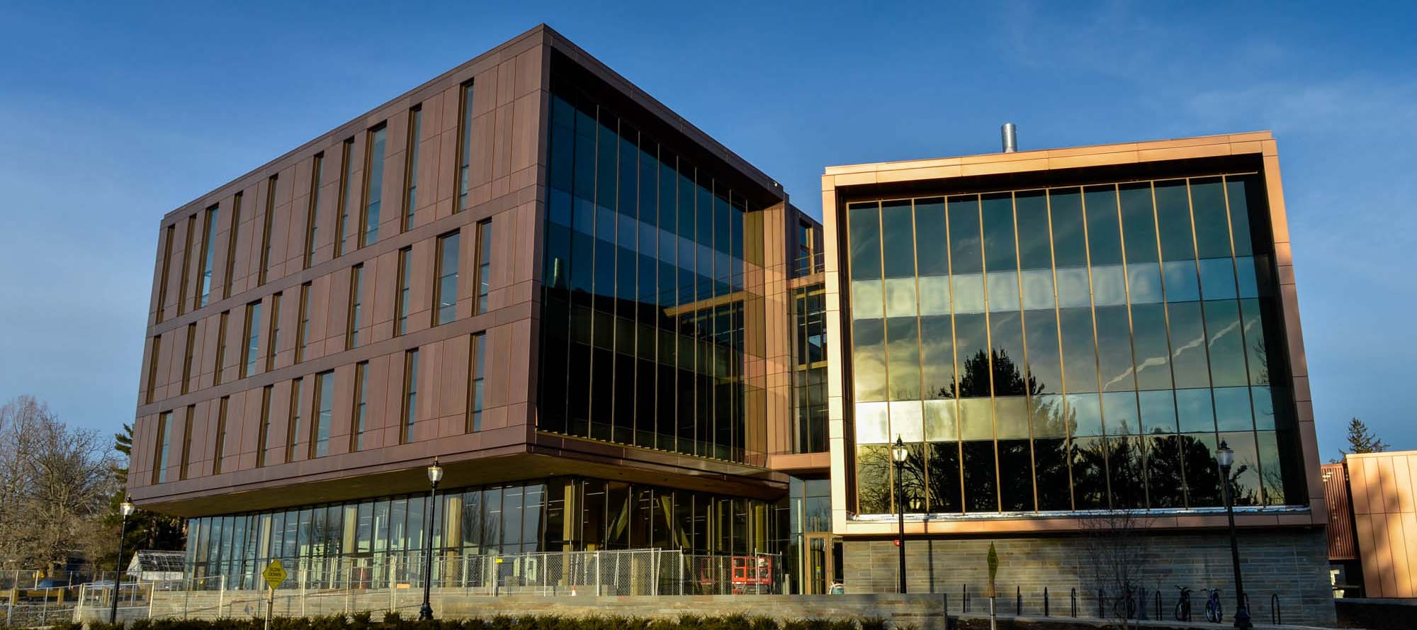 The john w olver design building at umass amherst for Design a building