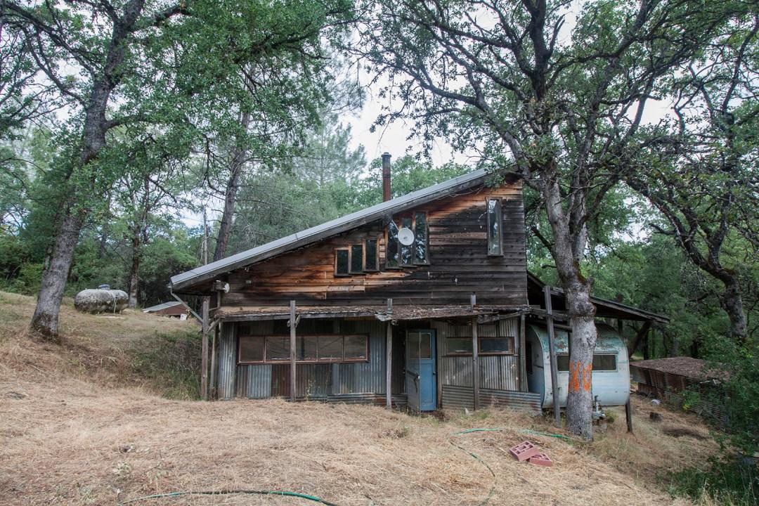 Friendsview Farm - a fixer upper built with love