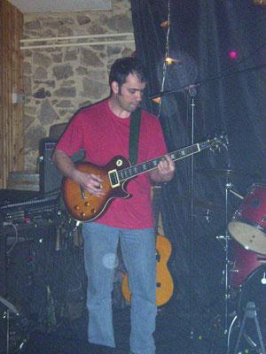 Xavier, guitare lead et rythmique