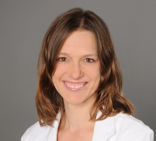 Caroline Benda, Heilpraktikerin, Osteopathie, Kinesiologie, Wirbelsäulentherapie