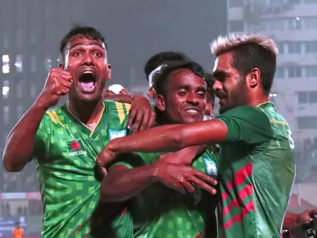 Midfielder Matin Mia celebrates goal with teamates. Photo: Prothom Alo