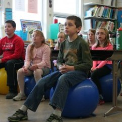 Ball Chairs For Students Christmas Chair Covers Target Replacing Classroom With Stability Balls Helps Focus Study Finds Health Bangor Daily News Bdn Maine