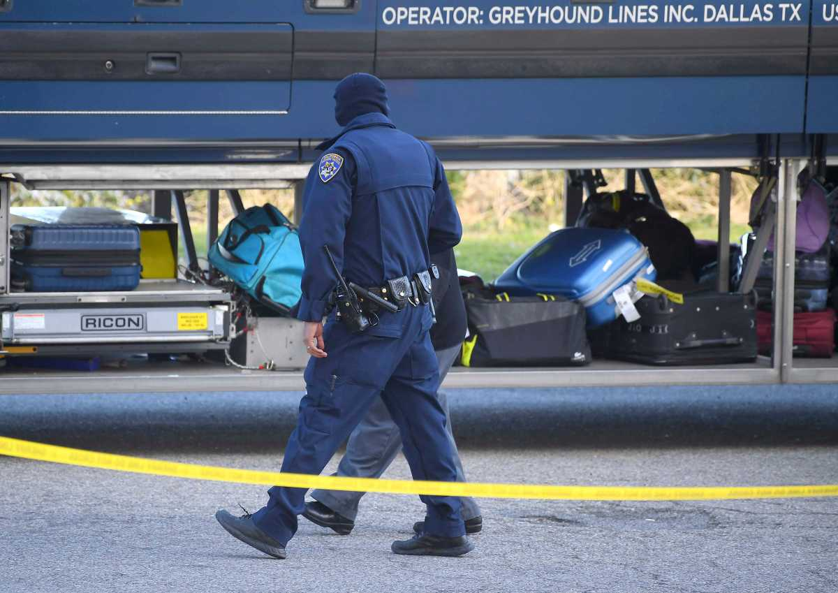 1 Dead 5 Wounded In Shooting On Greyhound Bus In California