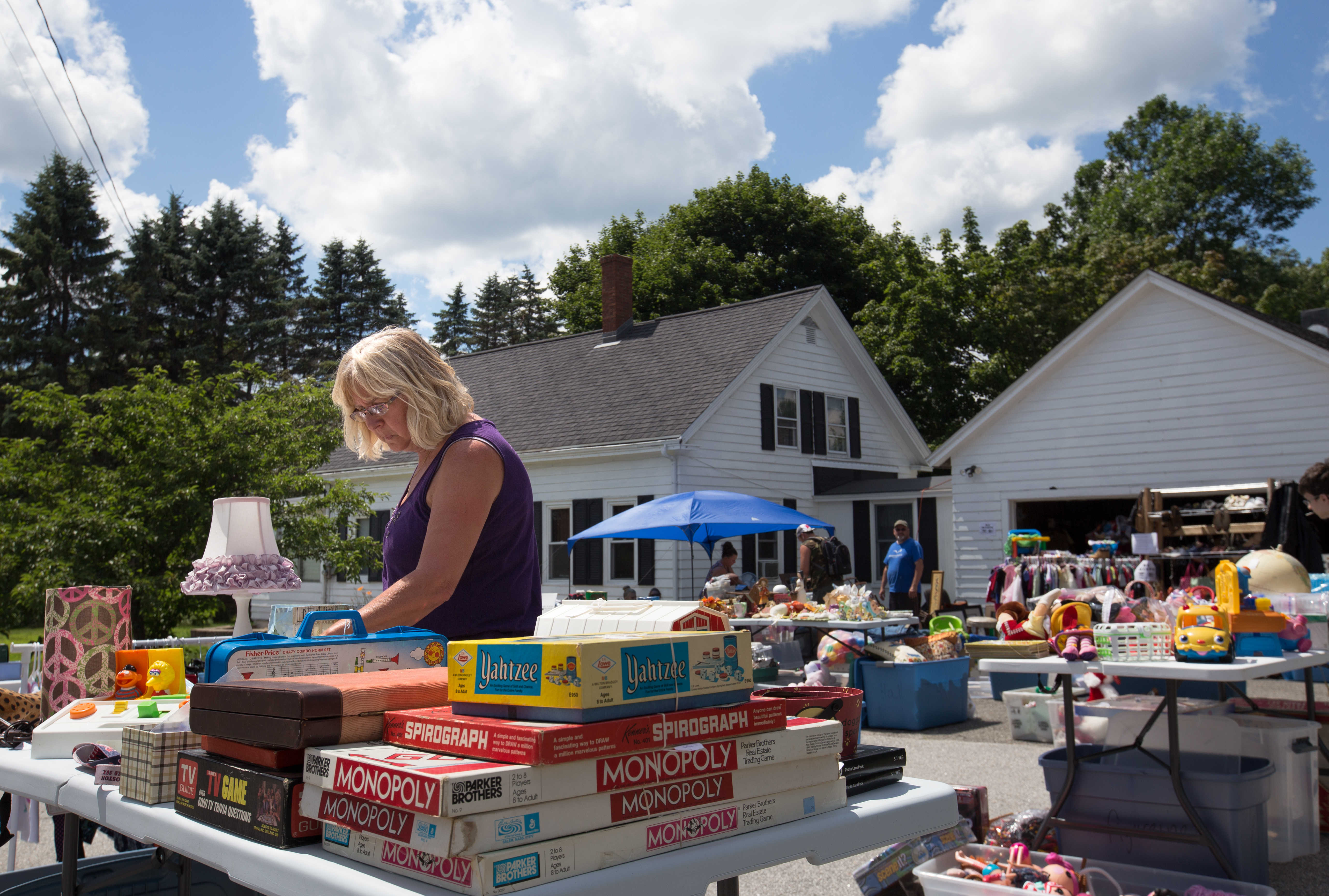 how to safely hold a yard sale during the coronavirus pandemic https bangordailynews com 2020 06 06 homestead how to safely hold a yard sale during the coronavirus pandemic