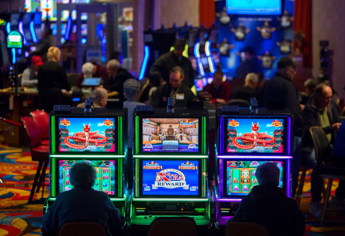 Maine casinos to reopen after state agrees to coronavirus safety plan