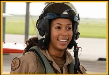 navy_madeline-swegle-1stfemal-tacair-pilot