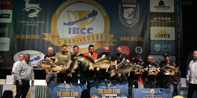 26 tonna halat fogtak azV. Balatoni Pontyfogó Kupán