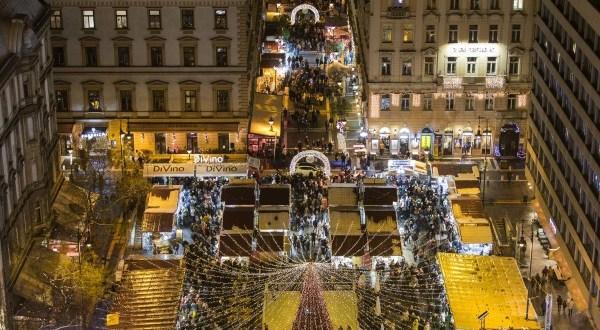 12 méteres karácsonyfával nyit az AdventBazilika!