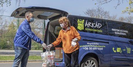 Díjmentes kiszállítással segíti a vonzáskörzetében élőket a budapesti ÁRKÁD