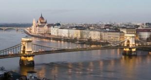 Budapesten forgatták az Oscar-díjas zeneszerző legújabb klipjét