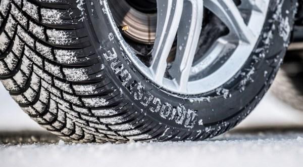 A Bridgestone abroncsa lett a kategóriaelső az ADAC idei téligumi-tesztjén