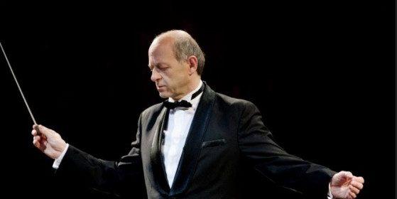 Ingyenes emlékkoncerttel emlékezik a koronavírus áldozataira a Budapesti Fesztiválzenekar
