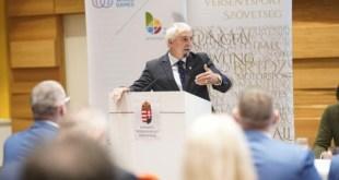 Dr. Mészáros János maradt az NVESZ elnöke