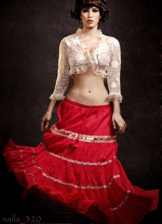 Sexy Model and actress Naila Nayem - 21