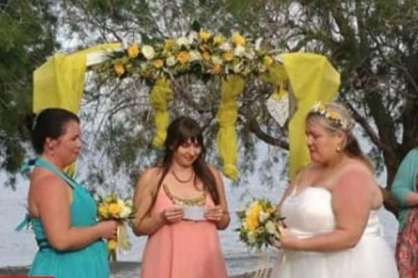Από την Βρετανία έφτασαν για να παντρευτούν δυο νύφες! - LGBT News