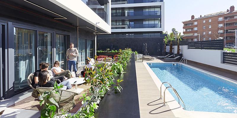 pisos de alquiler becorp con relax area y piscina
