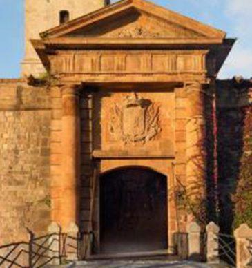 Endinsa't al Castell de Montjuïc