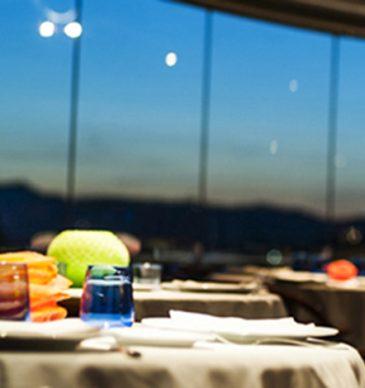 Cena en las alturas en el Mirador de Sant Just