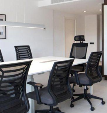 Especial business: un espai per a reunions al teu pis de lloguer a Sant Just – Modolell