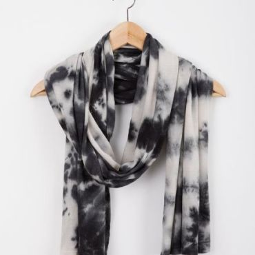 Magpie Scarf - Raven Black/Natural