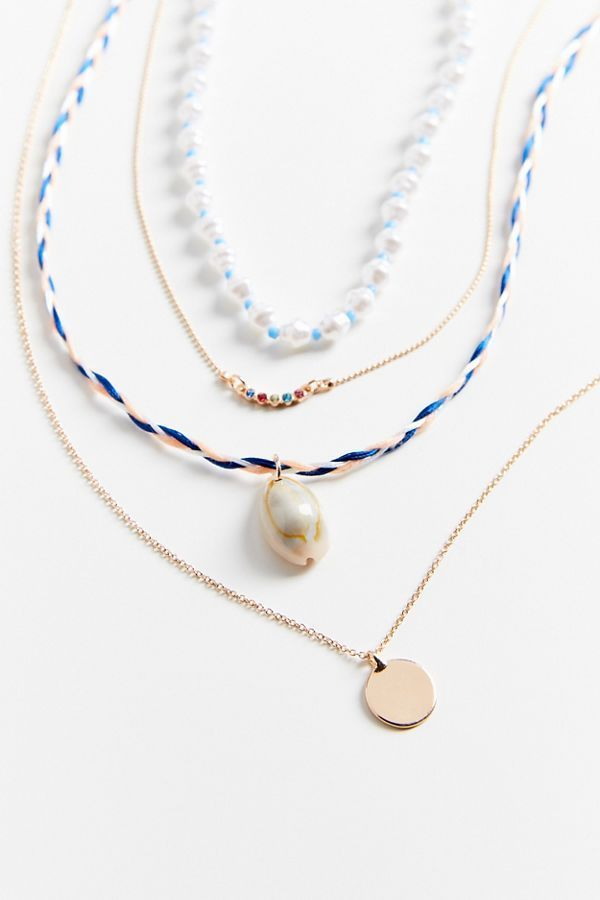 UNRULY | Charm Necklaces Are Everywhere Right Now—and We Can't Stop Shopping Them