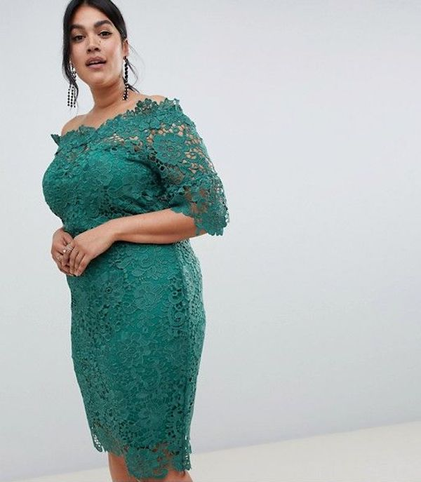 UNRULY | The Curvy Woman's Guide to Spring 2019's Crochet Trend