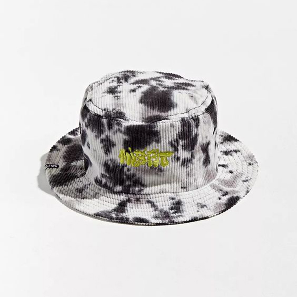 A black and white tie-dye corduroy bucket hat.