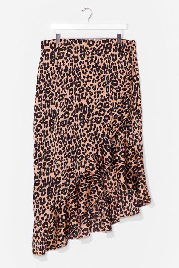 A plus-size leopard print midi skirt.