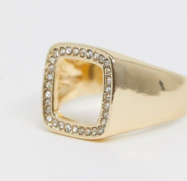 A plus-size gold square ring.