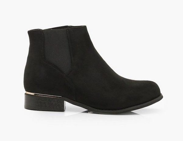 Wide-fit Chelsea boots in black suede.