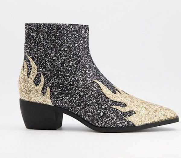 Wide-fit Chelsea boots in gray and cream glitter.