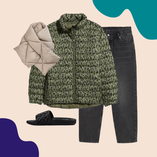 A green puffer coat, puffer scarf, black jeans, and black puffer sandals.