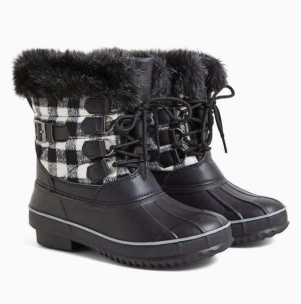 Wide-fit rain boots in black and white check.