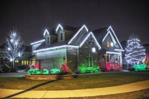 house holiday lights