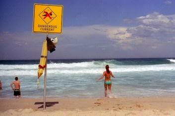 Austrip-Dangerous-Current body surf