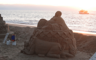 sand sculptures of peuro vallarta